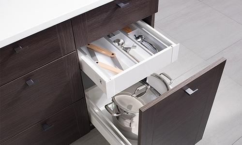 Custom cabinet doors and drawers